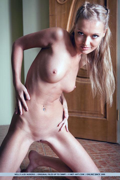 skinny girl erected nipples
